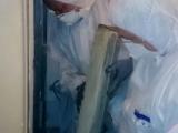 Demontáž azbestového kanalizačného potrubia