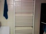 Montáž rebríkového radiátora - kúpelňa